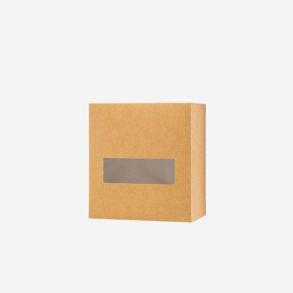 Nudelkarton klein, braun, Fenster